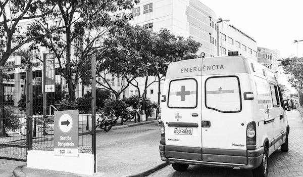 Ambulancia Hospital Saude
