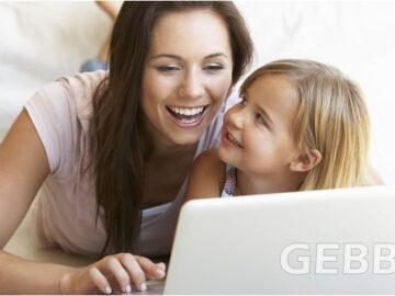 Compras Online - Mãe e Filha - Internet Conexão
