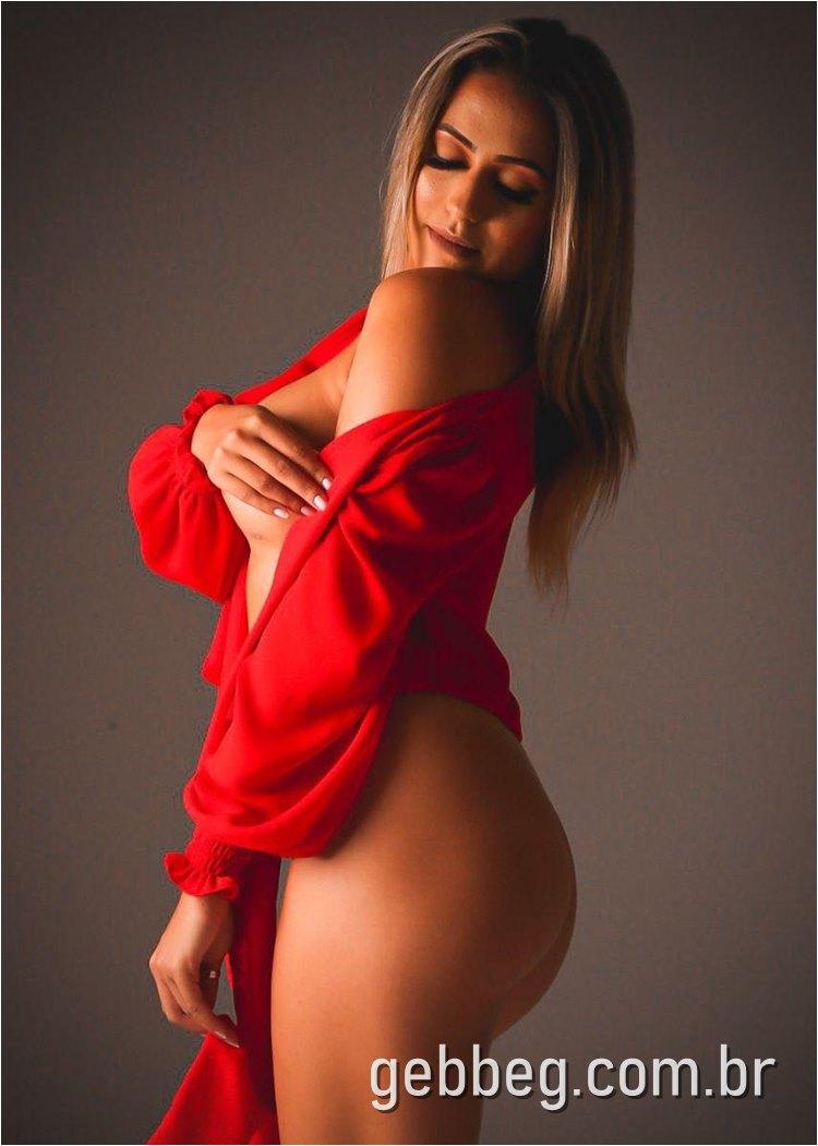 Ensaio sensual de Laís Biz para Revista Sexy - gebbeg.com.br